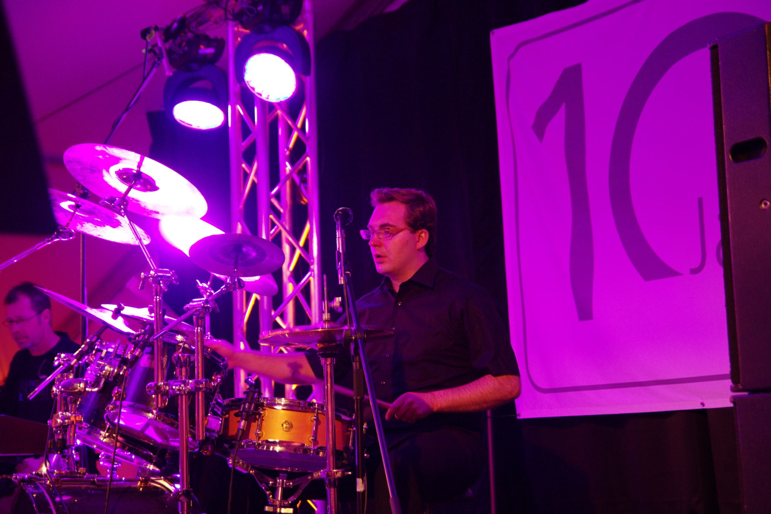 Die AlleyCats - Michael Roth an den Drums